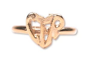 A952 Ring CTR Heart Gold