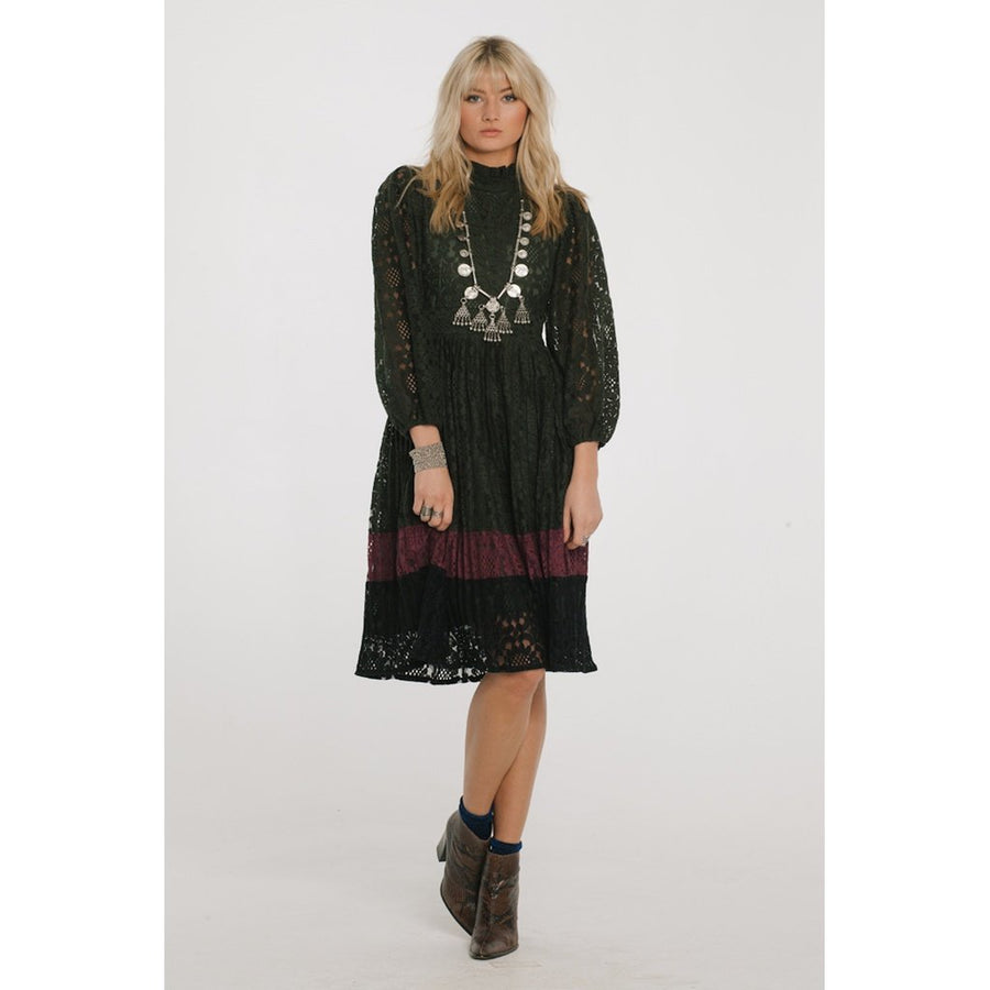 LEXINGTON LACE DRESS Women - Apparel - Dresses - Casual Tigerlily and Me