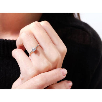 Solitaire Triangle Ring Women - Jewelry - Rings Tigerlily and Me