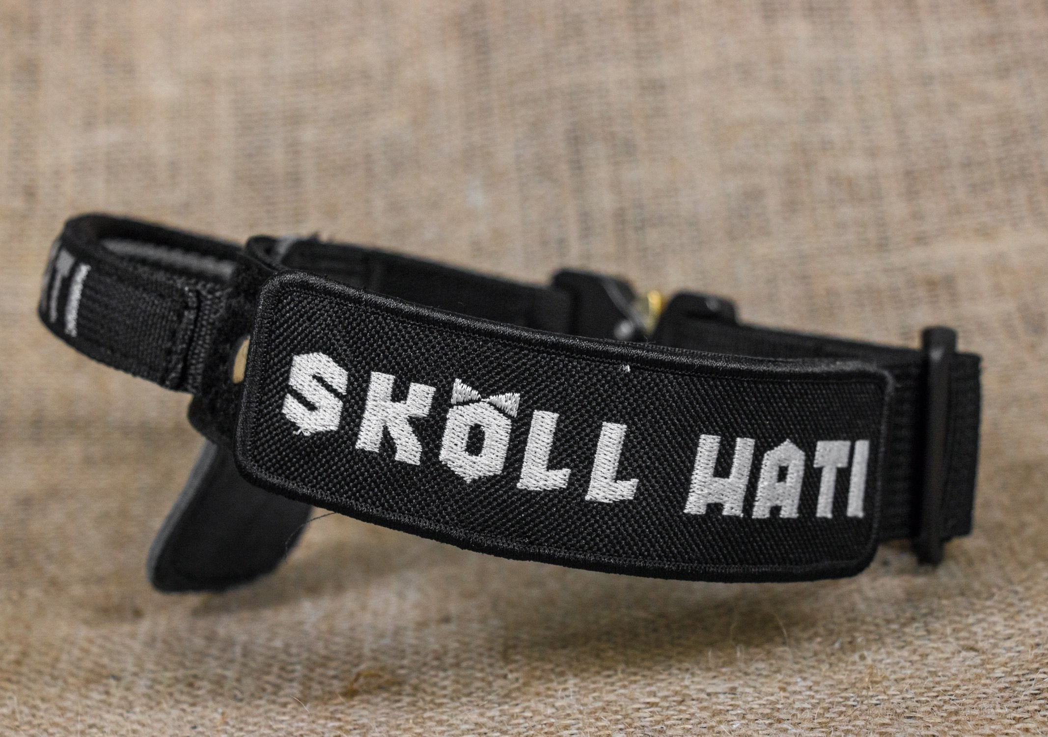 SKÖLLHATI NYLON ID COLLAR WITH COBRA BUCKLE
