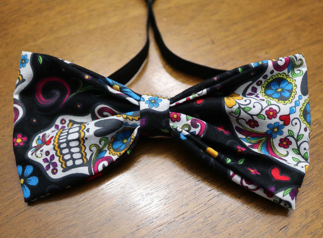 Large Multi SkullsBowtie/Headband