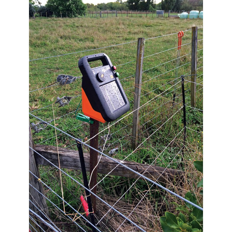 Gallagher S20 Solar Electric Fence Charger Energizer
