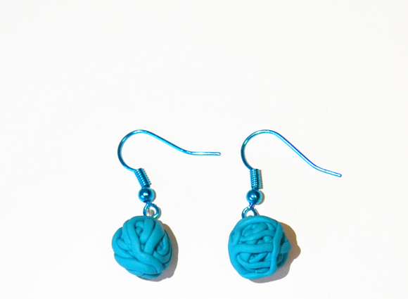 Tangled earrings light blue