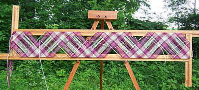 Spriggs 7-foot Adjustable Loom - with Collapsible Tripod Loom Stand - Maple