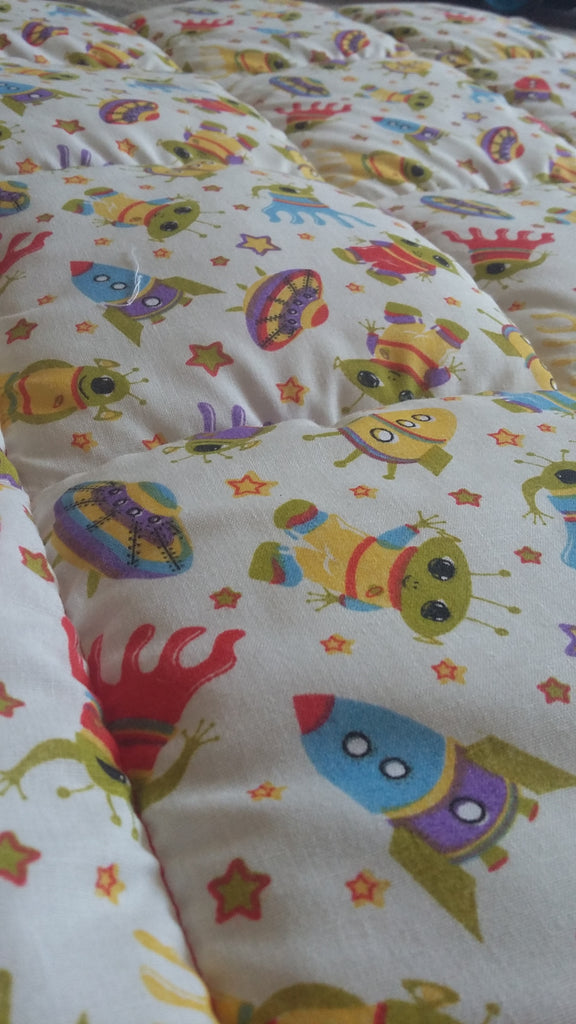 11-20Ib Aliens single bed size weighted blanket