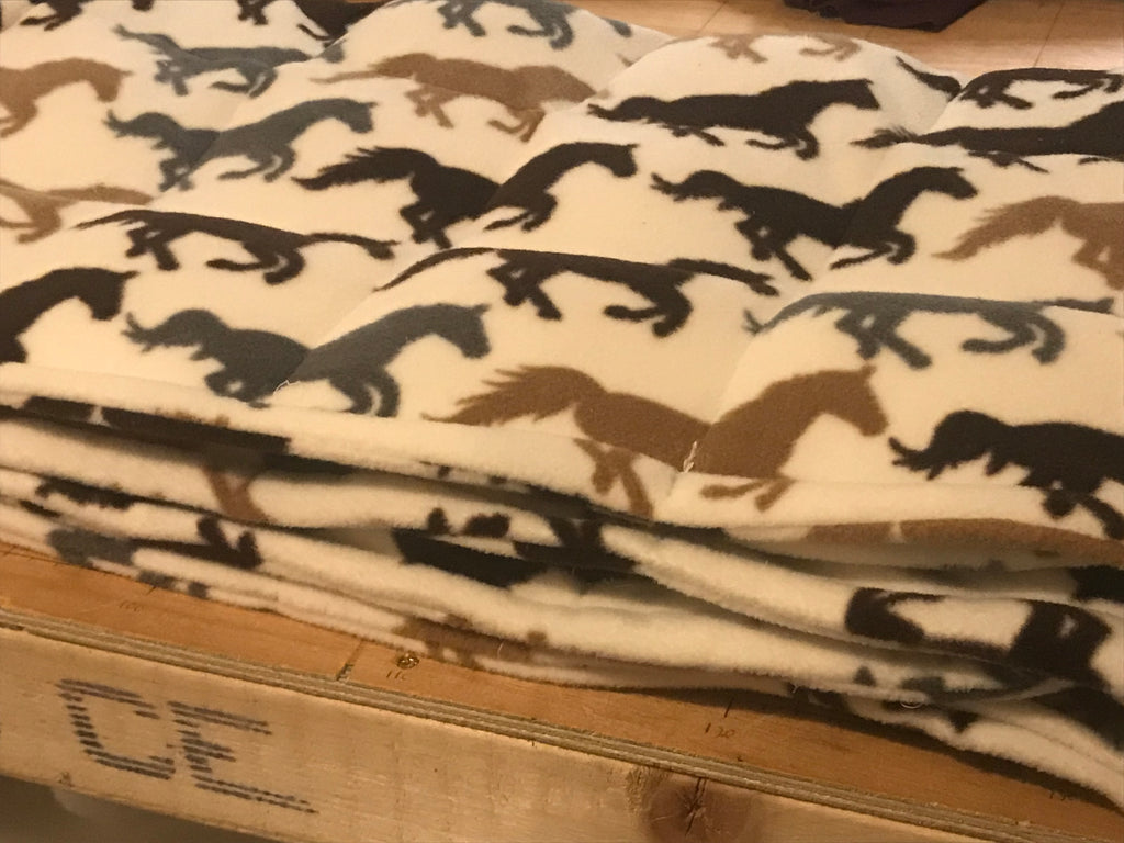 4-10Ib junior bed size ivory fleece horses weighted blanket
