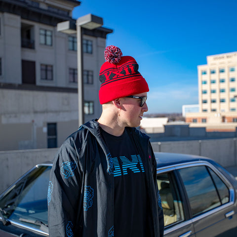 Image of vxii v12 lifestyle mens beanies maglia rossa parking lot