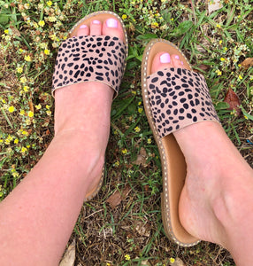 Welcome To Long Beach - Leopard & Tan Slide Sandals - Jessi Jayne Boutique
