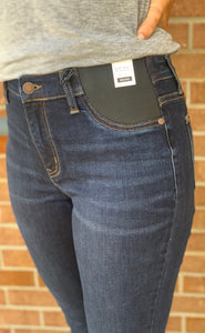 Judy Blue Maternity Skinny Fit Jeans