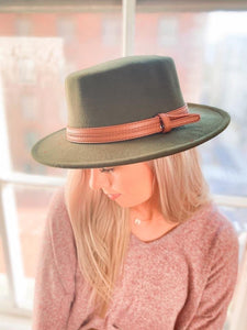 LA Boater Hat with Leather Trim