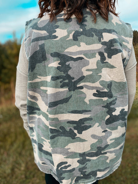 On the Hunt Curvy Camo Vest