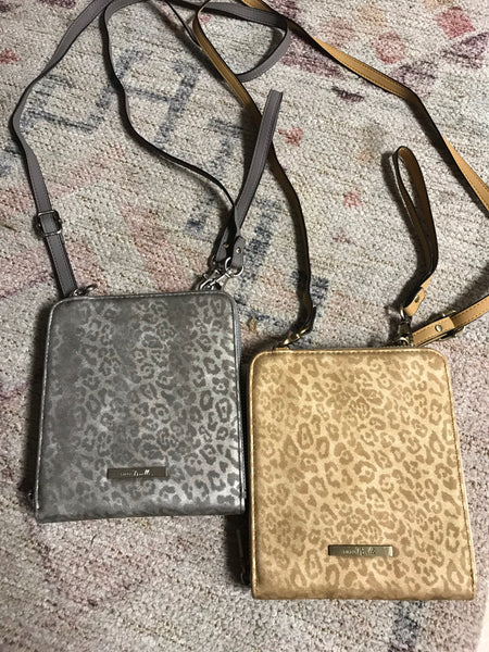 Simply Noelle Leopard Small Crossbody Purse