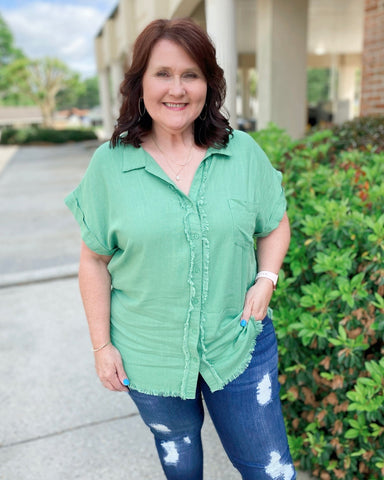 Margarita Monday Sage Green Linen Top Regular & Curvy