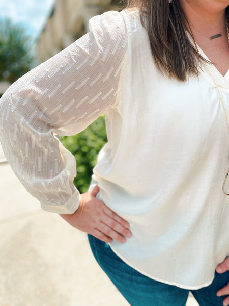 Sweet Buttercream Longsleeve Curvy Top