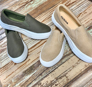 Olive & Camel Hike Soda Slip On