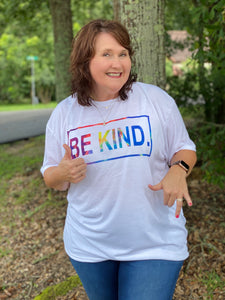 BE KIND White Graphic Tee - Jessi Jayne Boutique