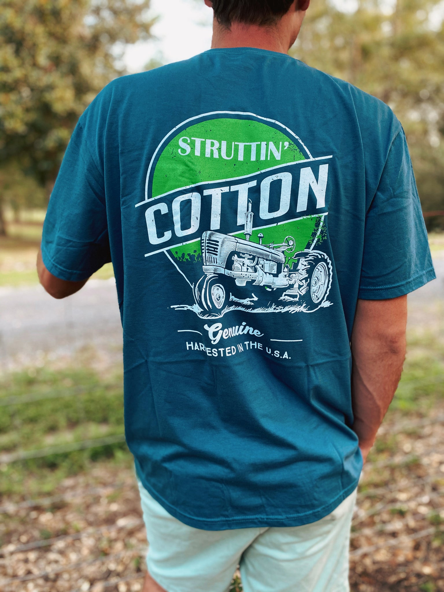 Genuine Tractor Pocket Short Sleeve Men's Tee