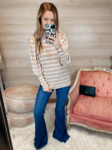 Limited Addiction Cashmere Double Stripe Round Neck Long Sleeve Top