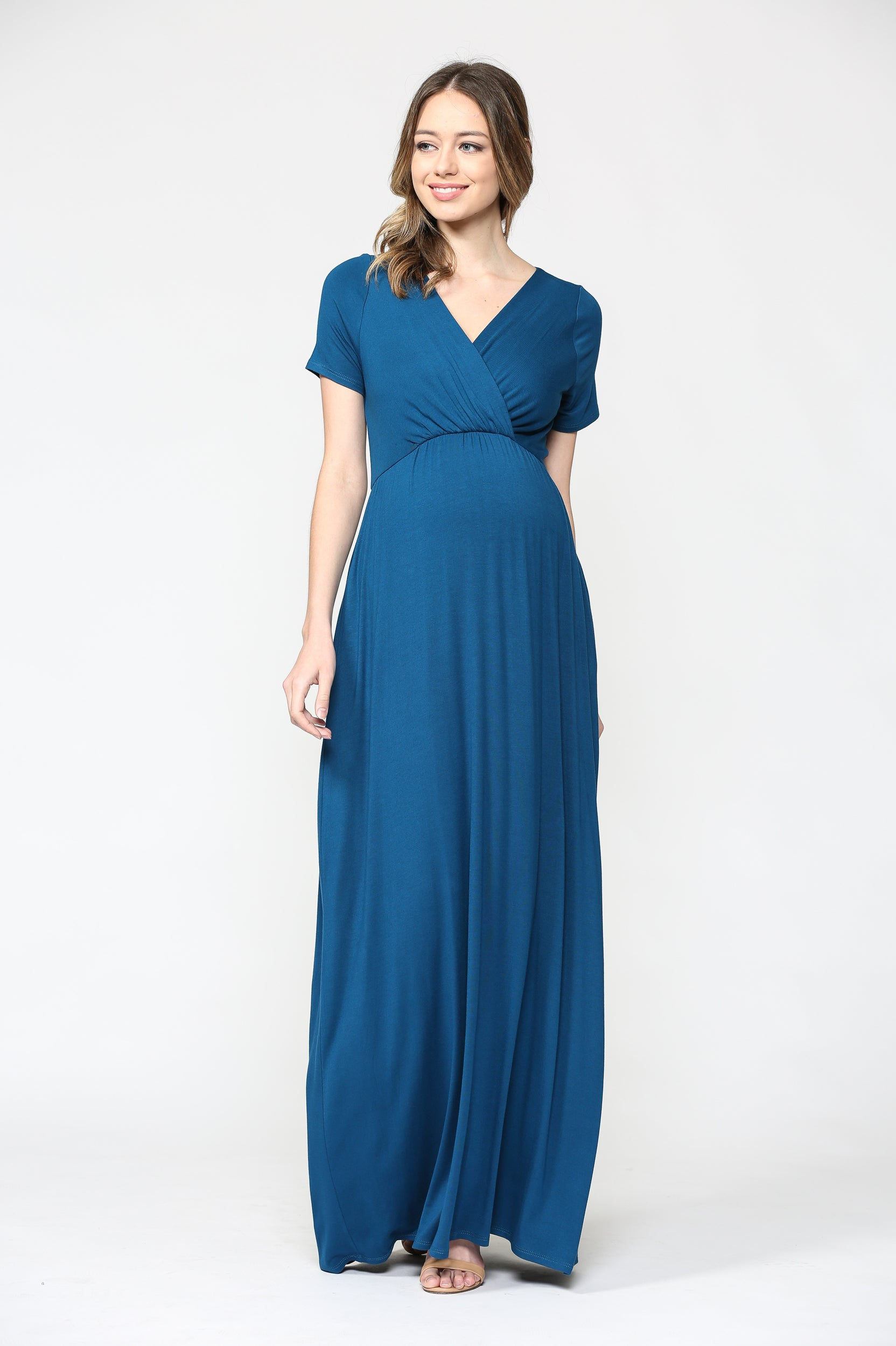 V-neck Short Sleeve Maternity Maxi Dress with Side Pocket