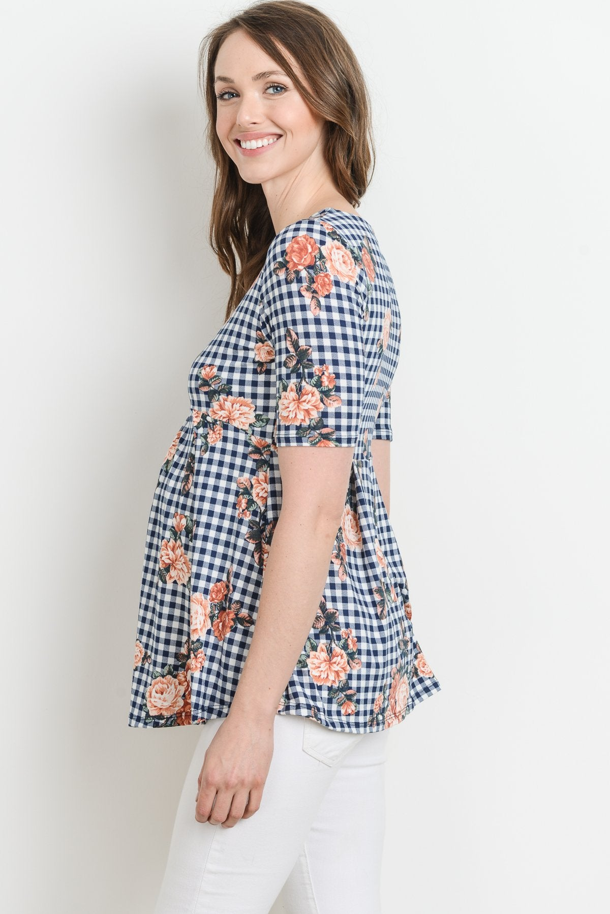 Checkered Flower Front Pleated Maternity Top