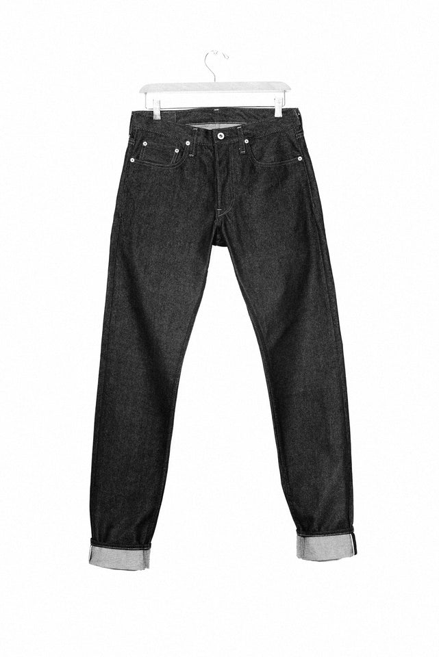 GD110 - Slim Tapered Jean