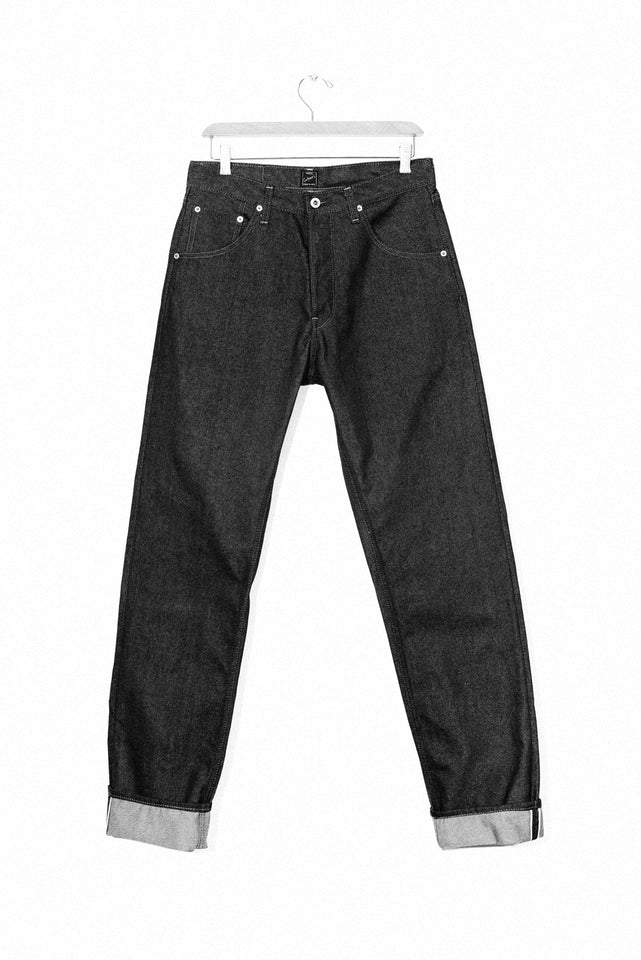 GD112 - Slouchy Tapered Jean
