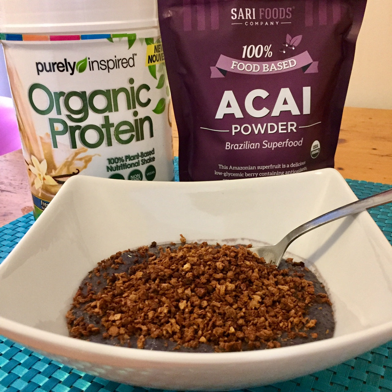 High-Protein, Low-Carb, Low-Fat Vegan Acai Bowl