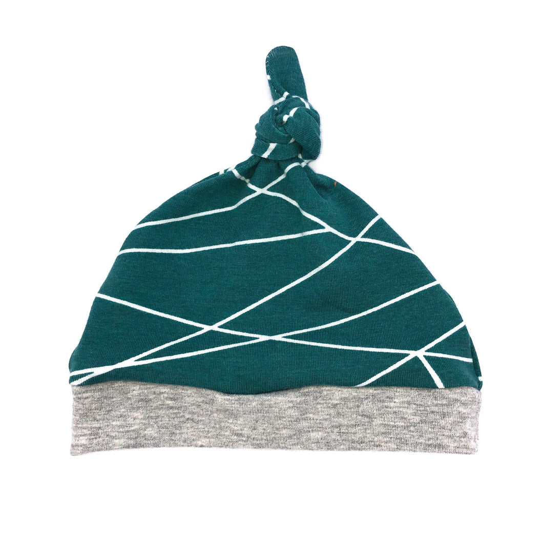 Newborn Knot Hat Lines on Teal