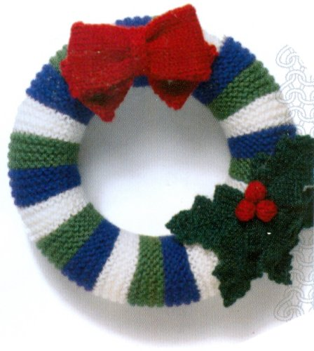Christmas Knits Book 1 - Wreath with Bow and Holly