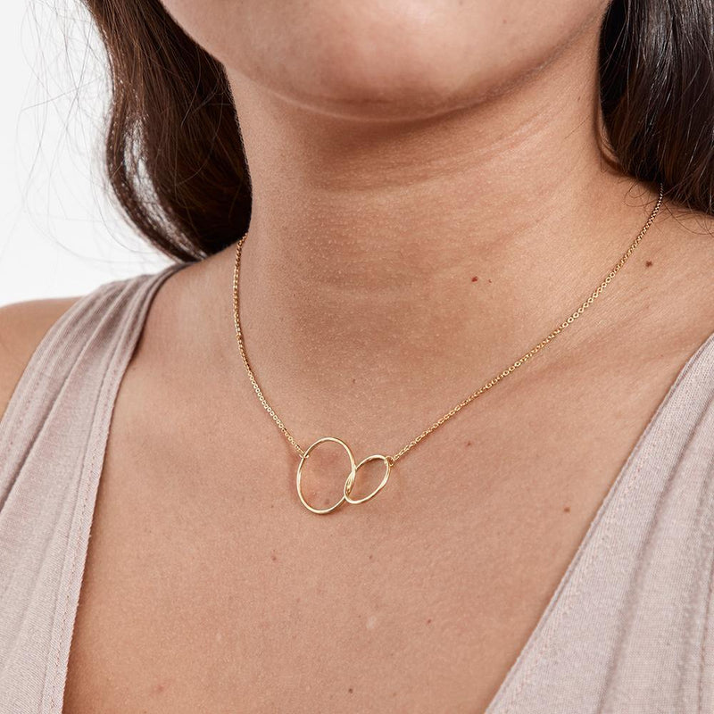 Two Interlocking Circles Necklace - Dear Ava