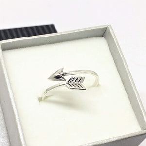 Women's Sterling Silver Overlapping Arrow Midi Ring - G.D.Morgan Jewellery Collection