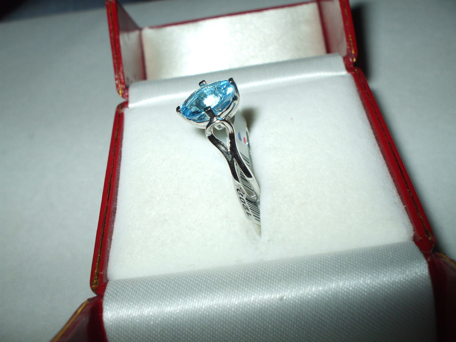 Genuine 3 ct Blue Topaz Ring 14K white gold NWT $780