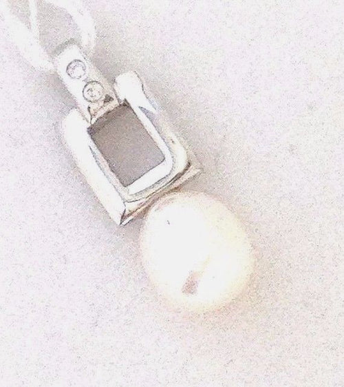 Genuine Freshwater Pearl  and diamond Pendant 14K white gold $350