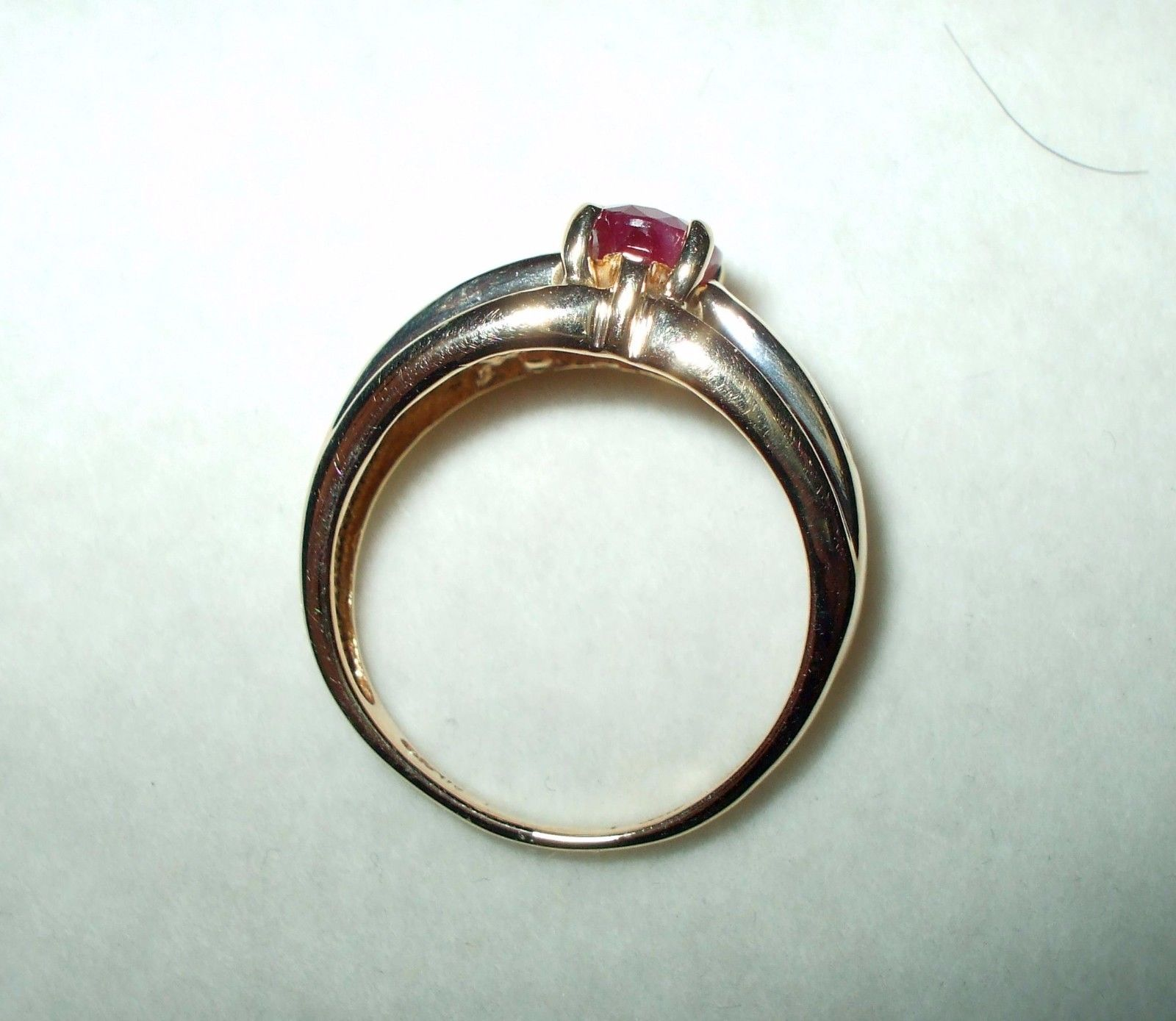Genuine 1.0 ct Oval Ruby & Diamond Ring 14K yellow gold $2500 NWT