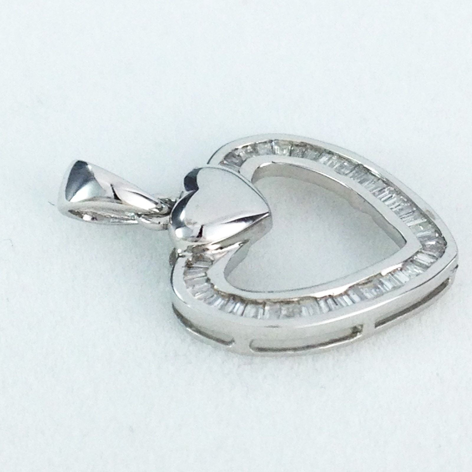 18k White Gold & Genuine Diamond Heart Pendant NWT $488