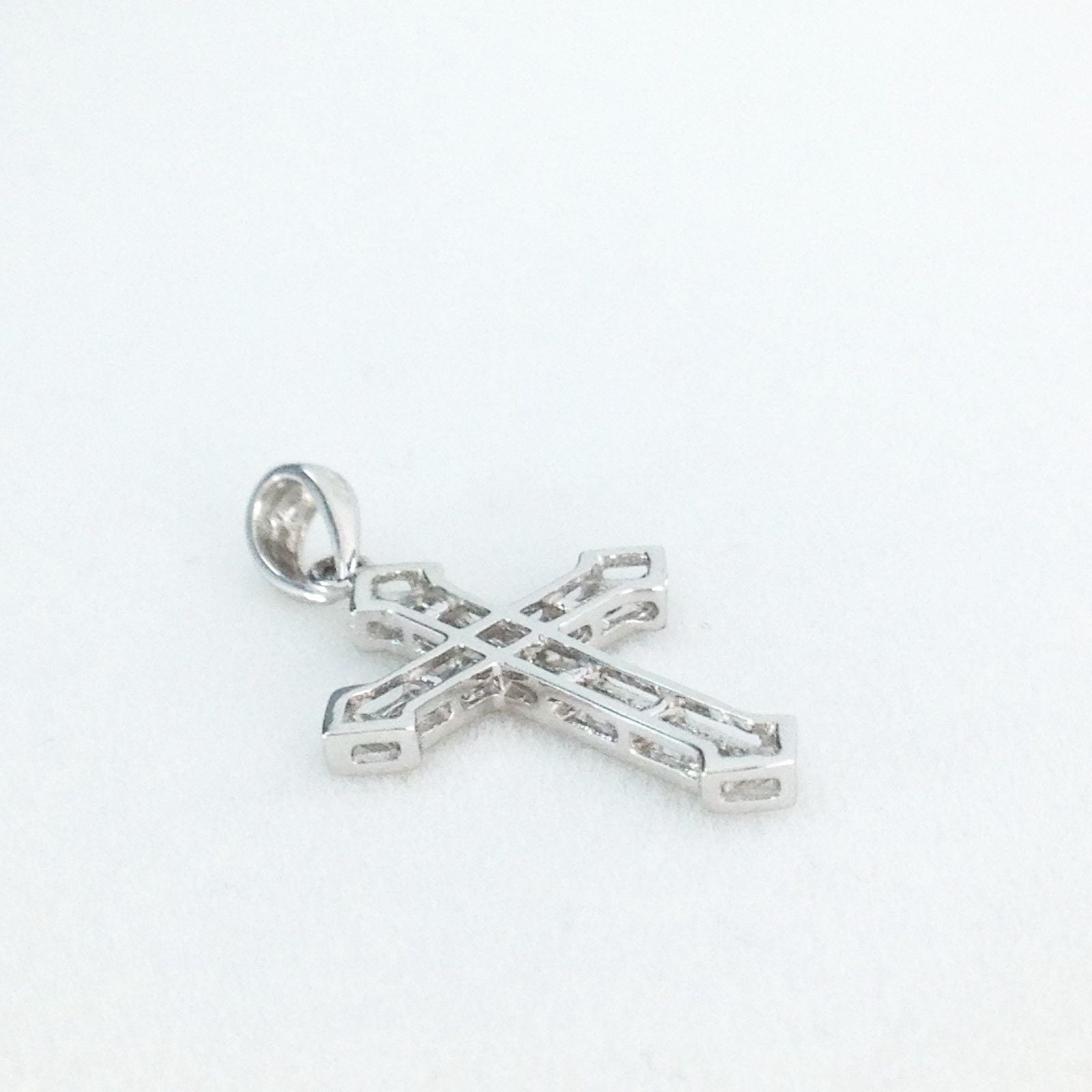 18k White Gold & Genuine Diamond Cross Pendant NWT $412