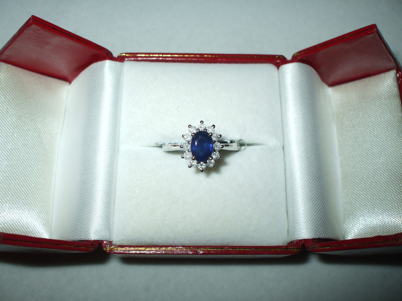 Genuine 1.02 ct Blue Sapphire & Diamond Ring 14K white gold $1050 NWT