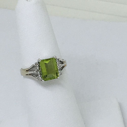 Genuine Peridot & Diamond Ring 14K White Gold $800 NWT