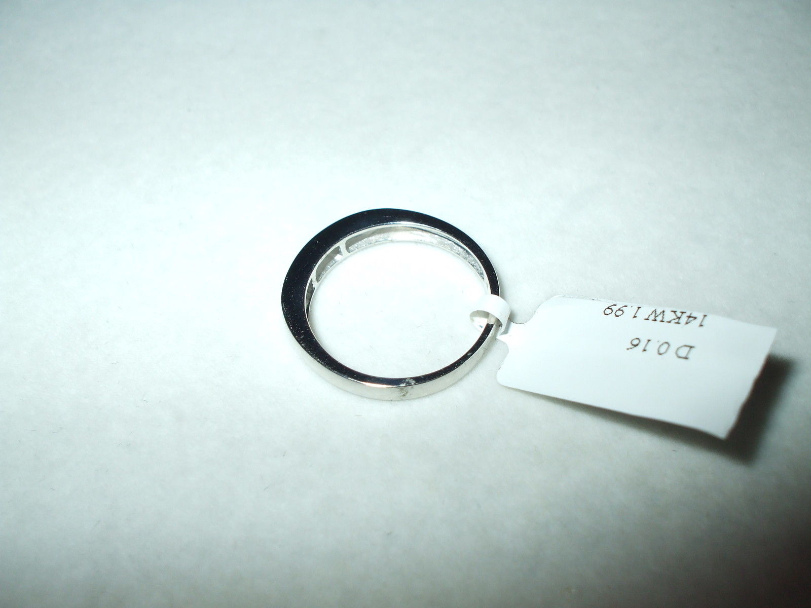 Genuine .16 cttw  Diamond Ring 14K White gold $600
