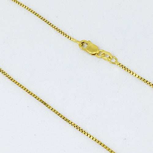 18 inch 14K Yellow Gold Box Chain with lobster clasp 3.1 grams $450