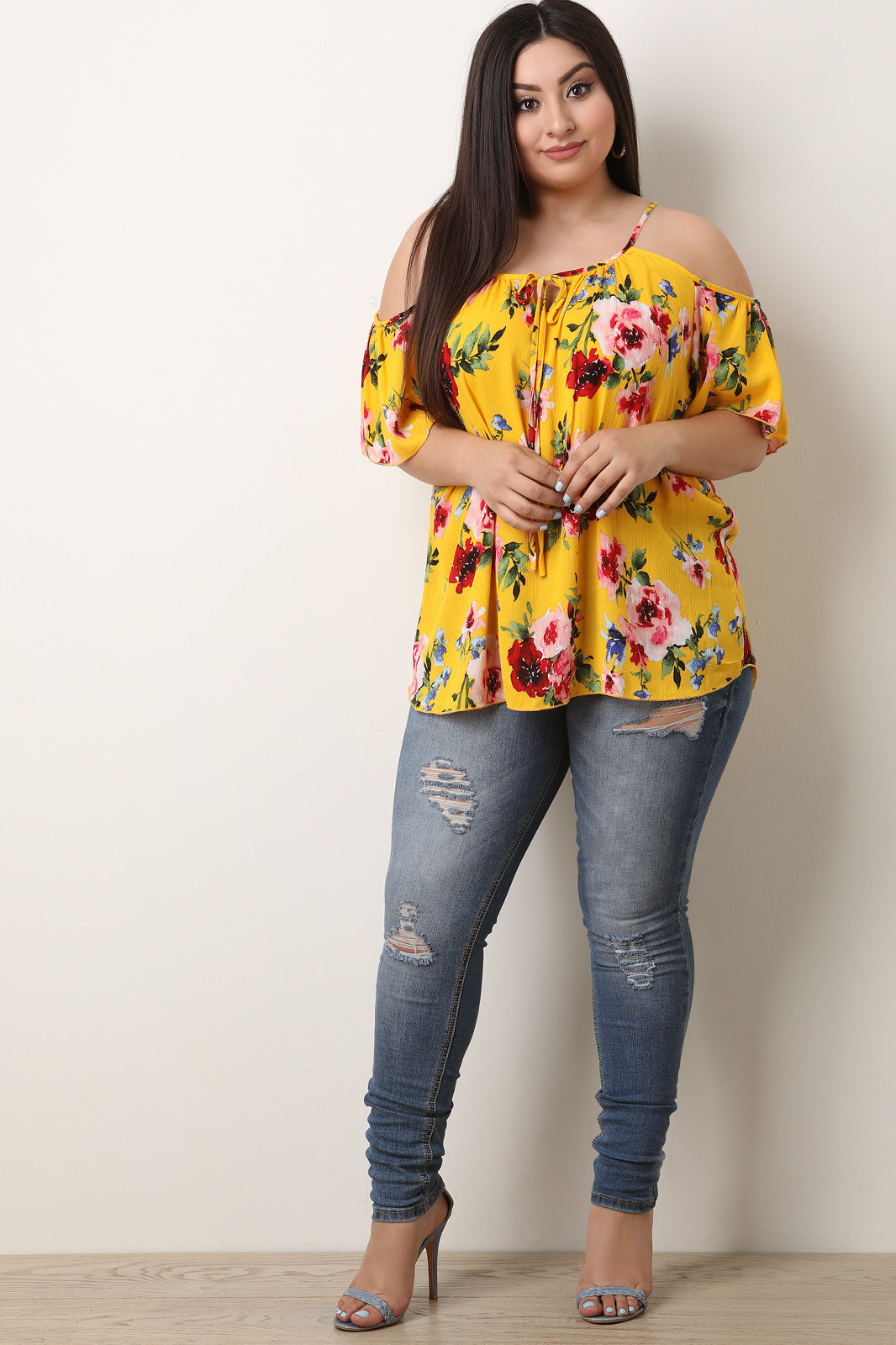 Floral Print Cold Shoulder Short Sleeve Top
