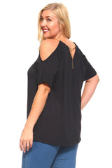 Women's Plus Size Short Sleeved Top With Shoulder Cutouts And Braided Golden Necklace