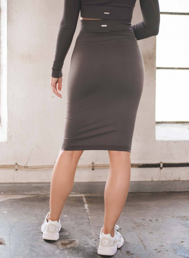 CONCRETE RIBBED SEAMLESS SKIRT