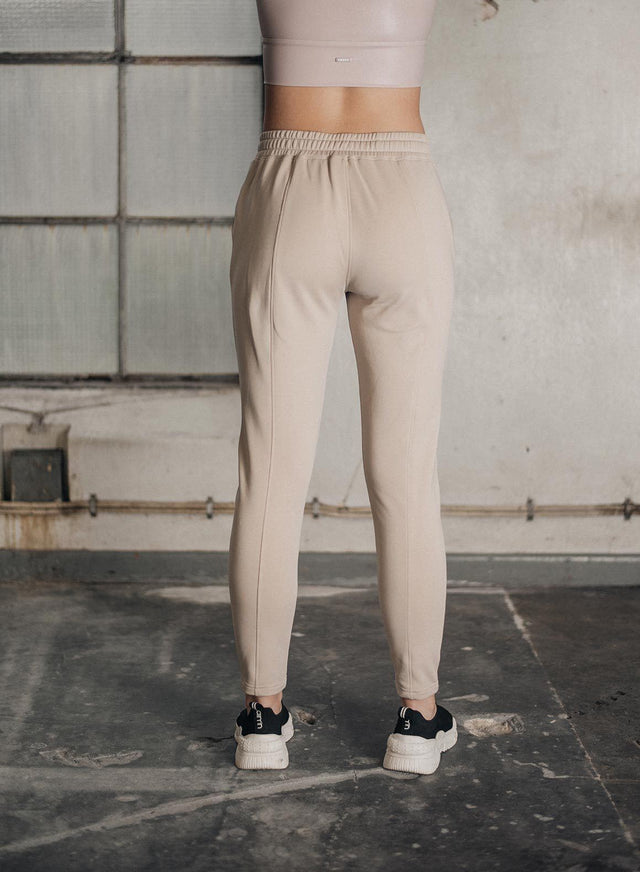 CAPPUCCINO BOOST SWEATPANTS aim'n sportswear