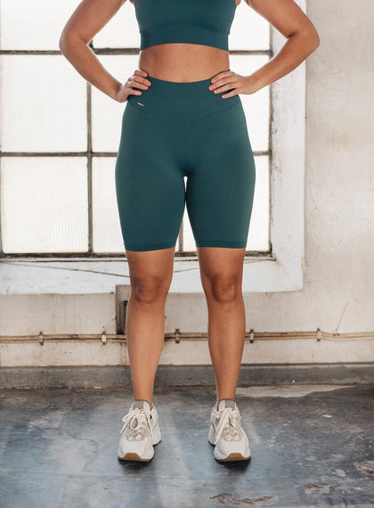 HYDRO RIBBED SEAMLESS BIKER SHORTS
