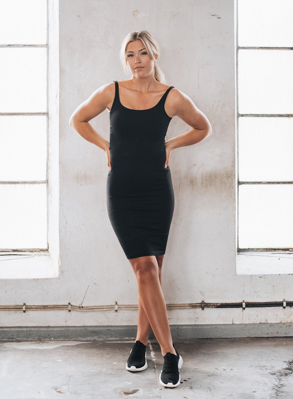 Black Ribbed Seamless Dress