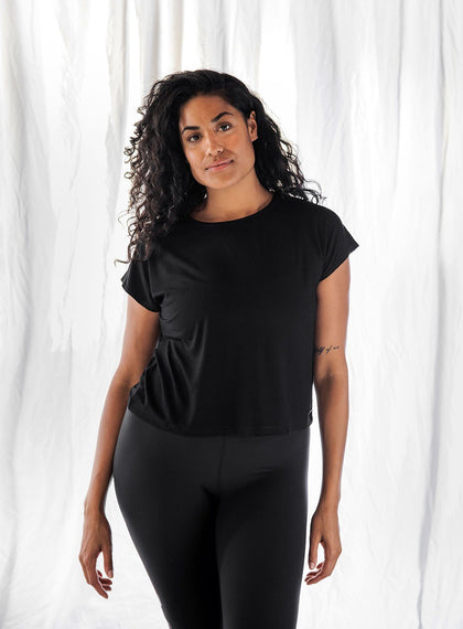 BLACK RIB FLOW TOP aim'n sportswear