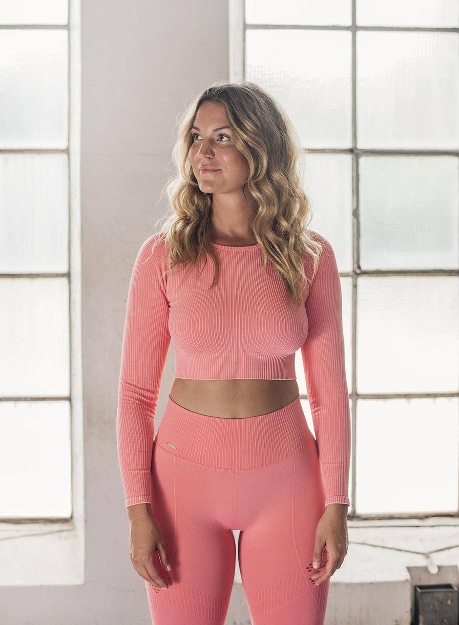 BUBBLEGUM WASHED RIBBED CROP LONG SLEEVE