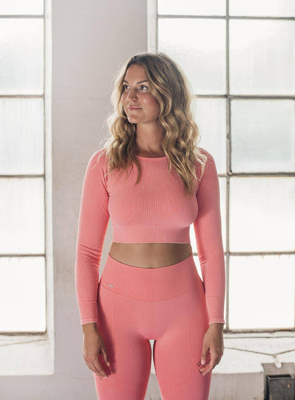 BUBBLEGUM WASHED RIBBED CROP LONG SLEEVE aim'n sportswear
