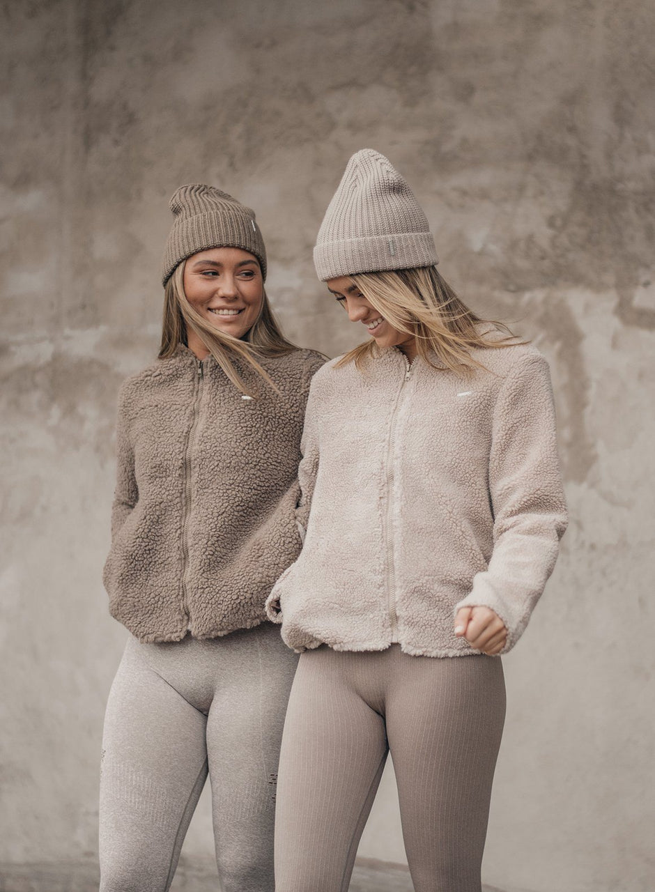 CAPPUCCINO FLUFFY JACKET